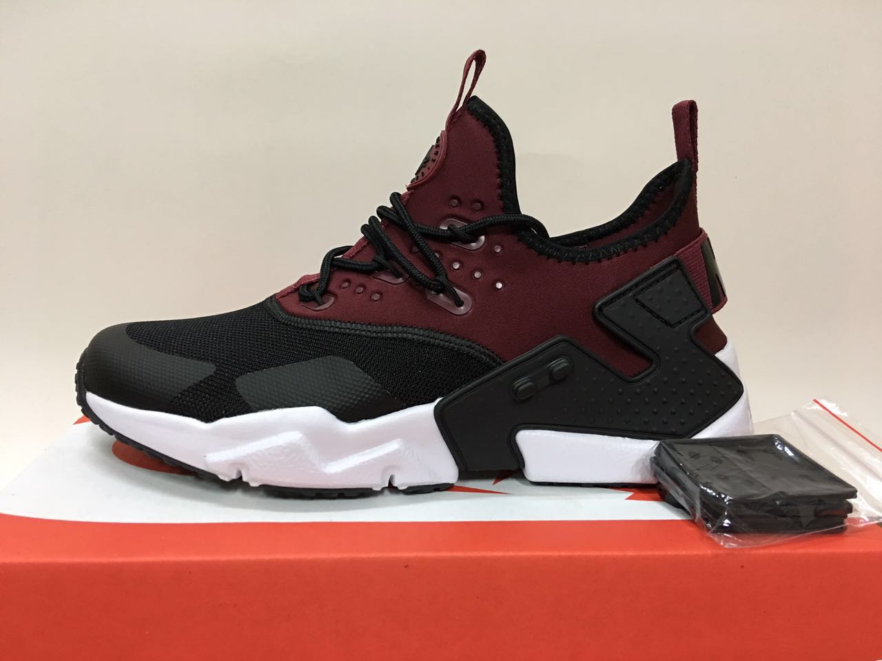 9220b277d8077 Huarache Velvet Black – Top Brands