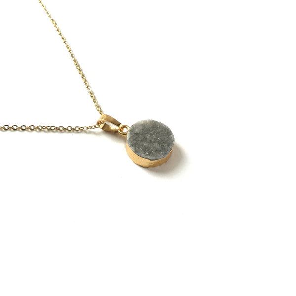 Gold electroplated edge grey druzy round necklace