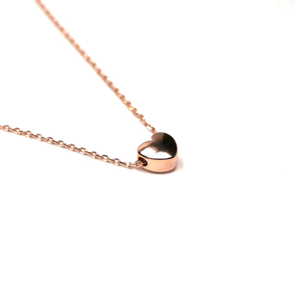 Tiny rose gold heart shaped necklace