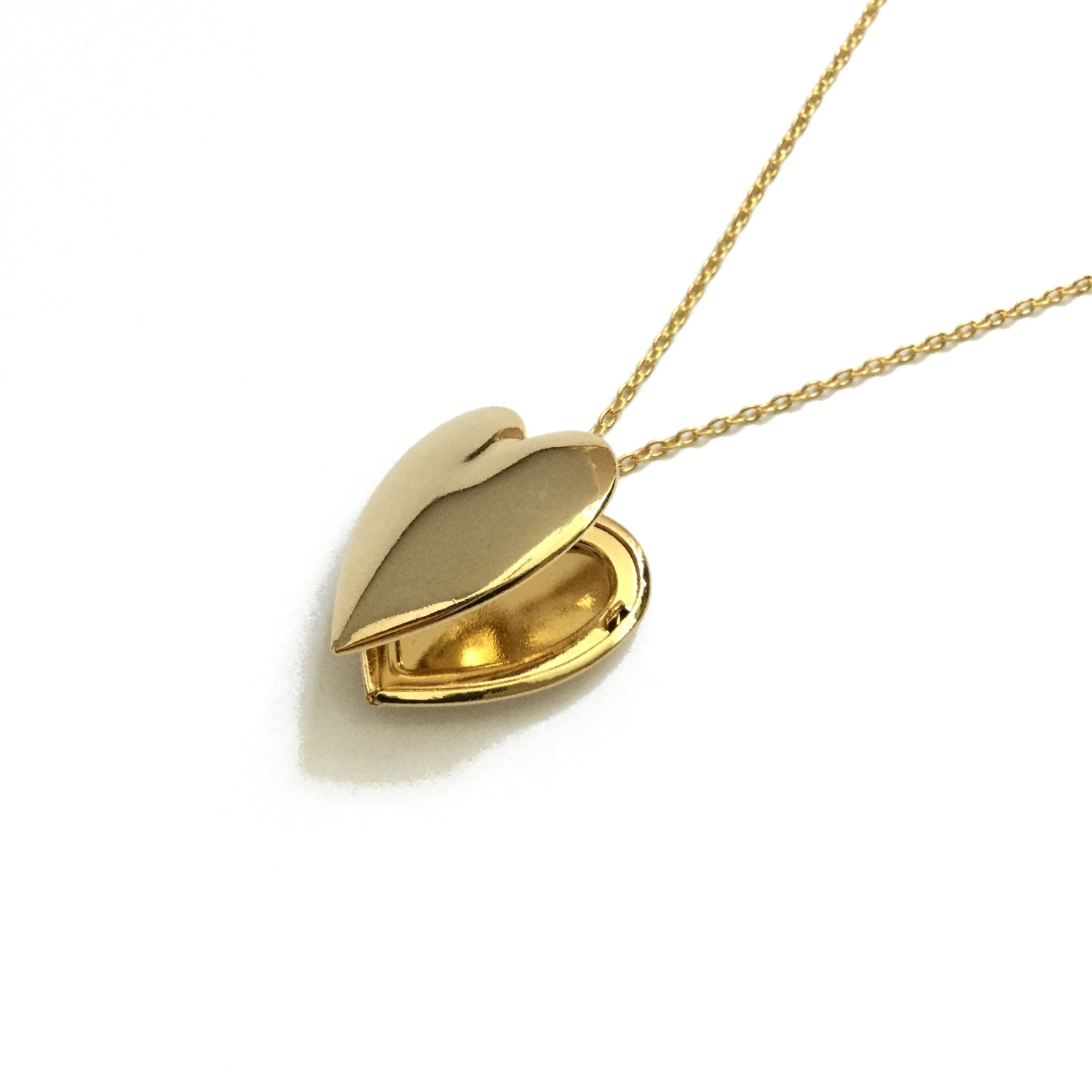 Minimalist gold plated heart shaped locket necklace
