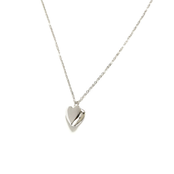 Plain silver plated heart shaped locket necklace
