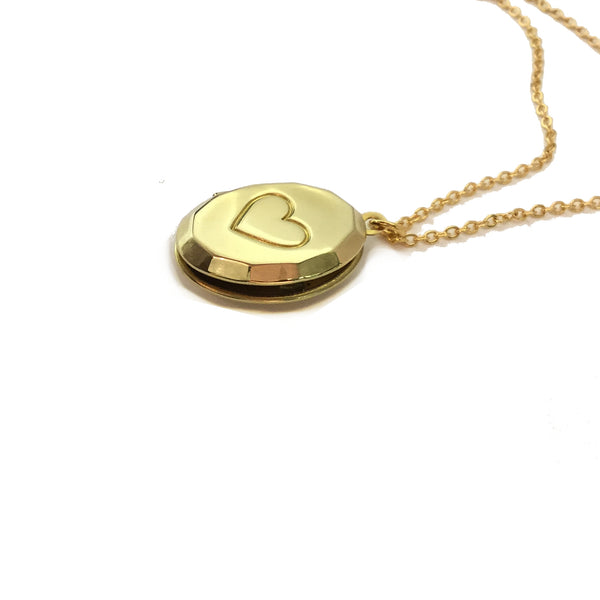 heart oval locket necklace