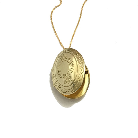 oval floral locket