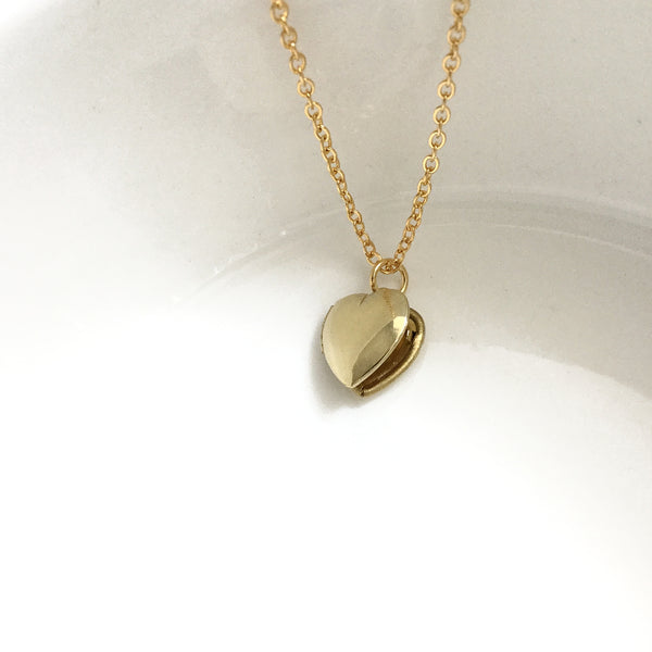 plain heart locket necklace
