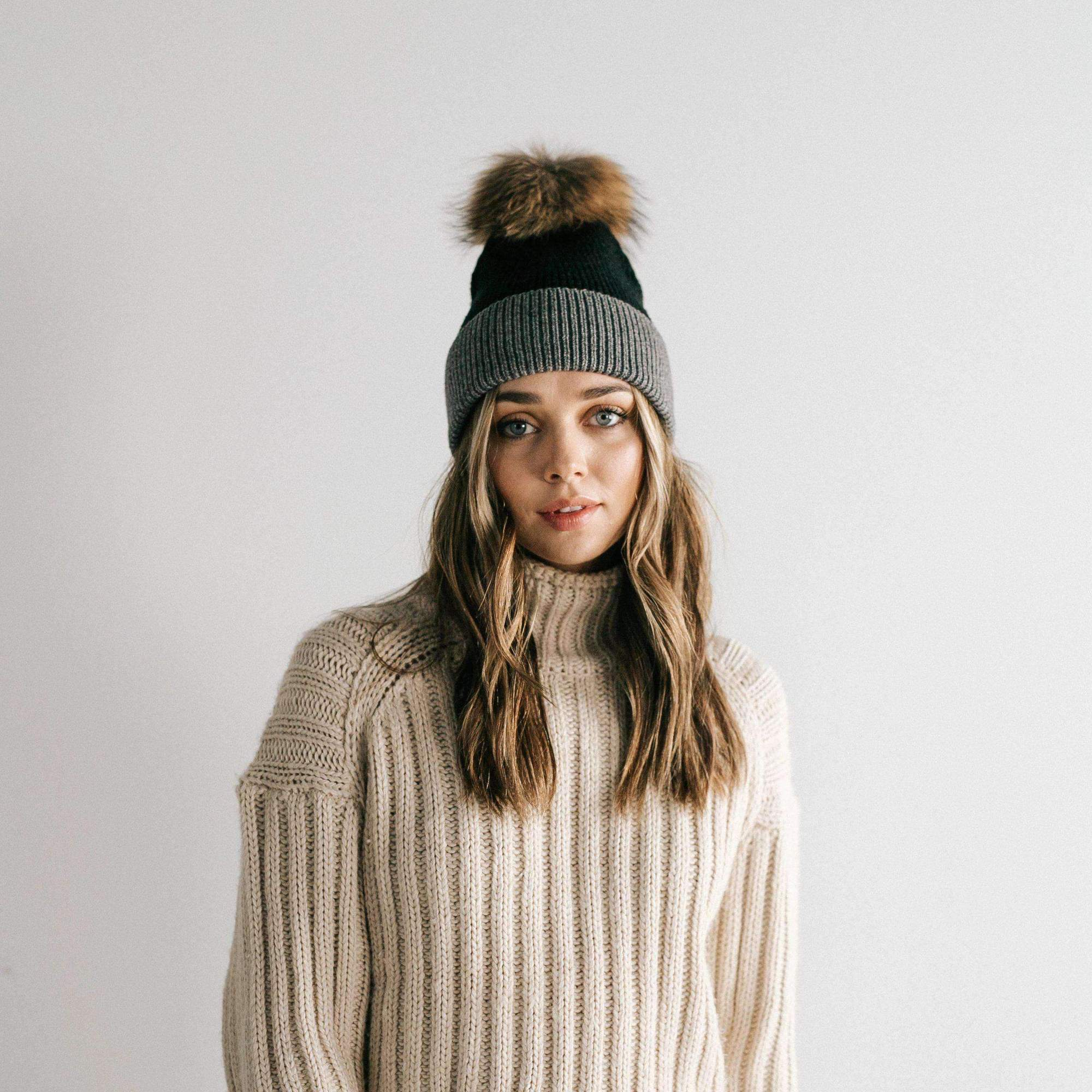Erin Two-Tone Beanie Black and Grey