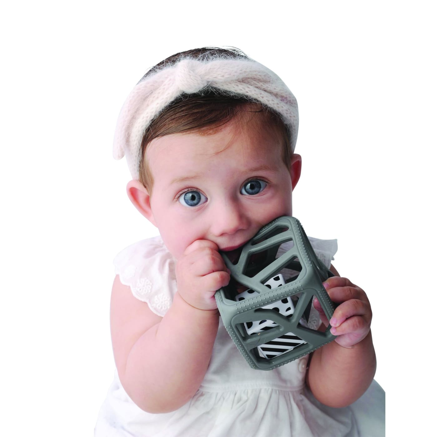 Malarkey Kids Chew Cube - Grey - NURSING & FEEDING - TEETHERS/TEETHING JEWELLERY