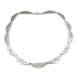 Grand Flower Lace Necklace