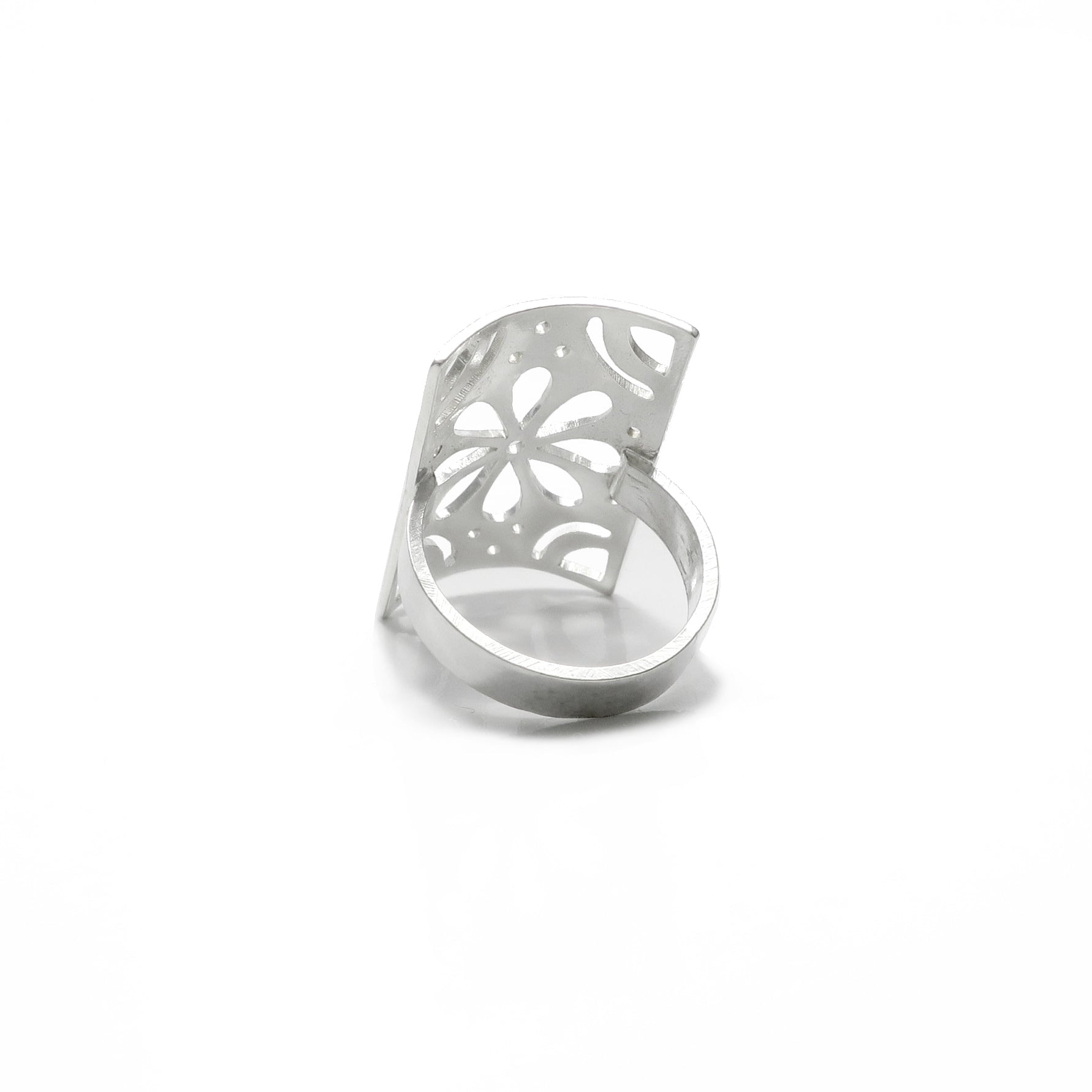 Papel Flower Cut Out Ring