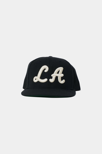 Jason Markk Los Angeles Flagship store exclusive snapback cap. One Size, Black & White.