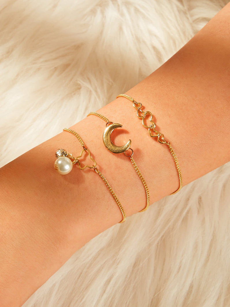 Golden Moon & Heart Charm With Pearls 3pcs Chain Bracelet