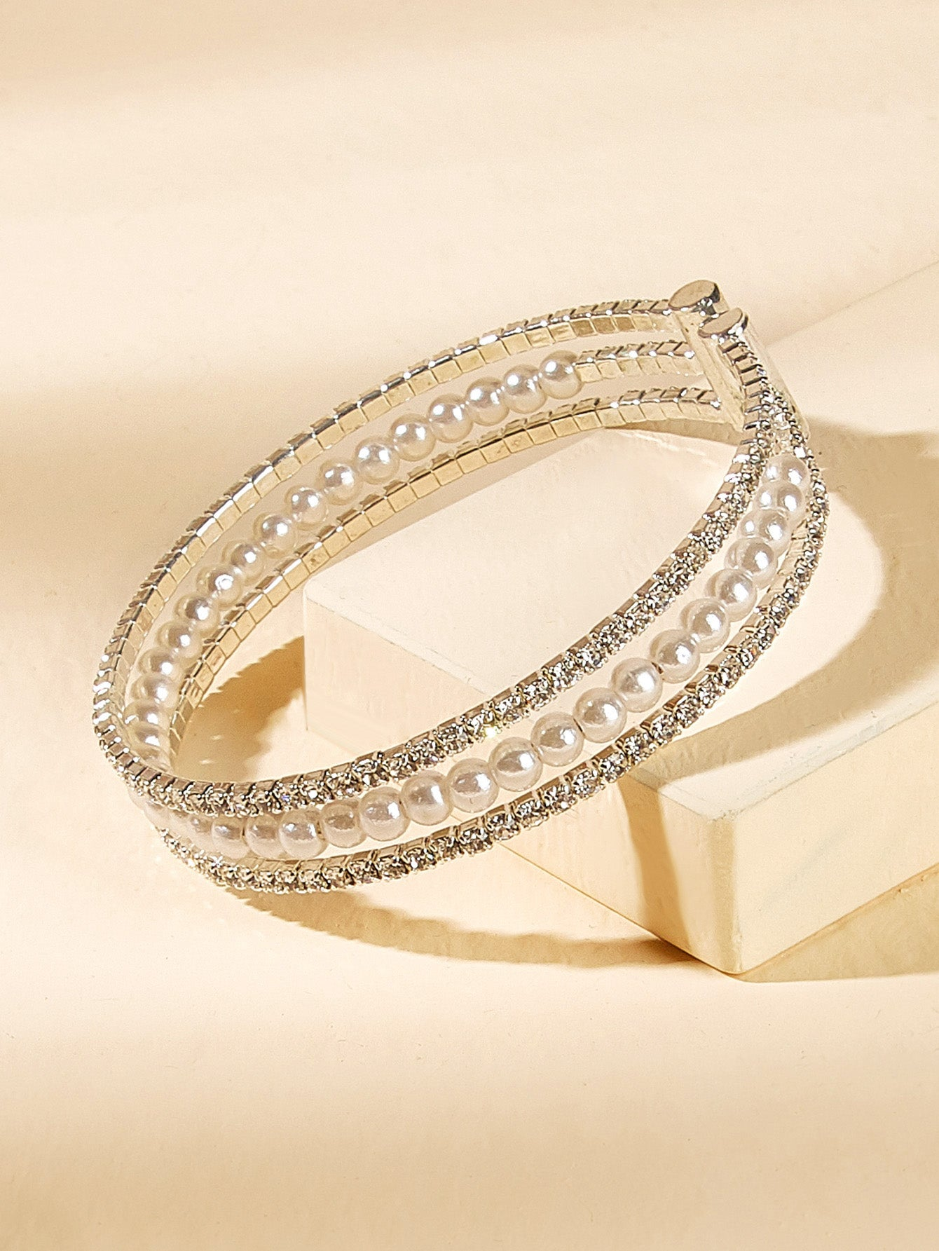 Silver Rhinestone With Faux Pearl Layered 1pc Bangle