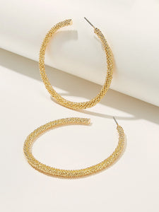 1 Pair Golden Textured Hoop Earrings