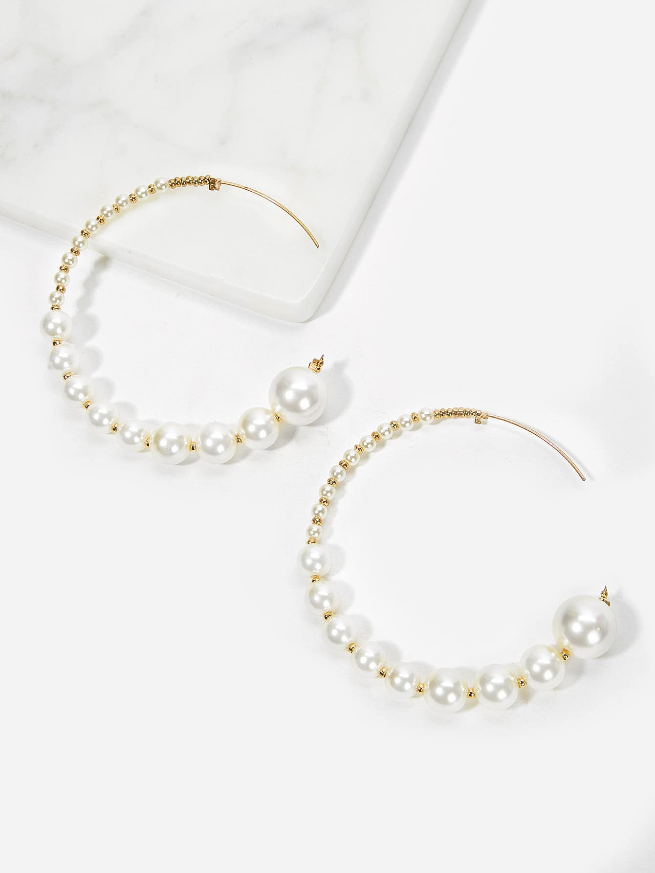 White Faux Pearl Decor 1pair Gold Hoop Earrings