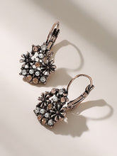 Load image into Gallery viewer, Multicolor 1pair Rhinestone Decor Flower Metal Cluster Dangle Earrings