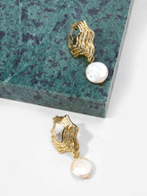 Load image into Gallery viewer, Glamorous Golden Abstract Metal White Pearl Dangle Drop Earrings