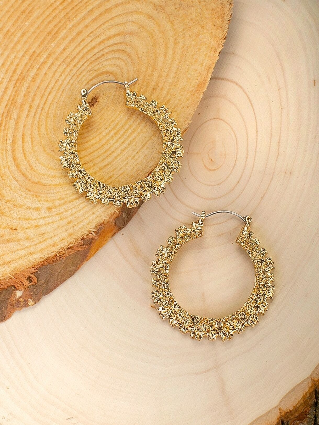 Golden Medium Hoop Textured Detail Earrings
