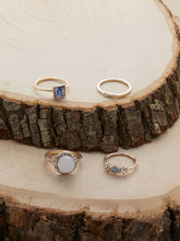 Load image into Gallery viewer, Golden Rhinestone And Crystal Dainty Rings Set Of 4