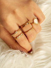 Load image into Gallery viewer, Golden Rhinestone Engraved 5pcs Ring Set