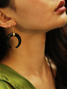 Black 1pair Horn Gold Metal Pendant Drop Dangle Earrings