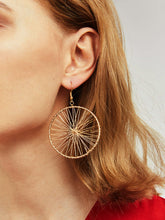 Load image into Gallery viewer, Golden 1pair Hollow Round Metal Wheel Gear Hoop Dangle Earrings