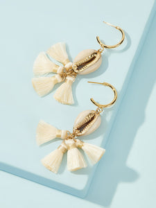White 1pair Tassel & Shell Metal Drop Dangle Earrings