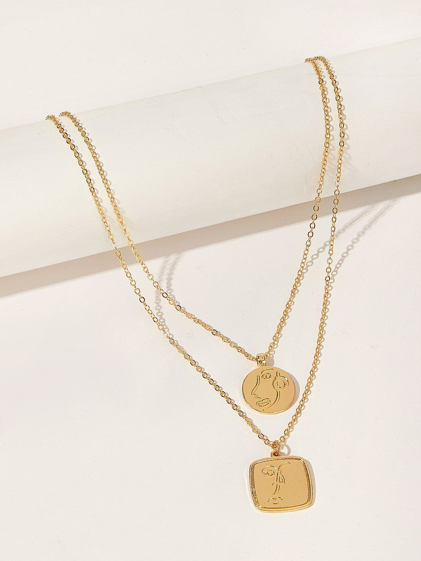 Golden Double Layered Engraved Round & Square Pendant 1pc Chain Necklace