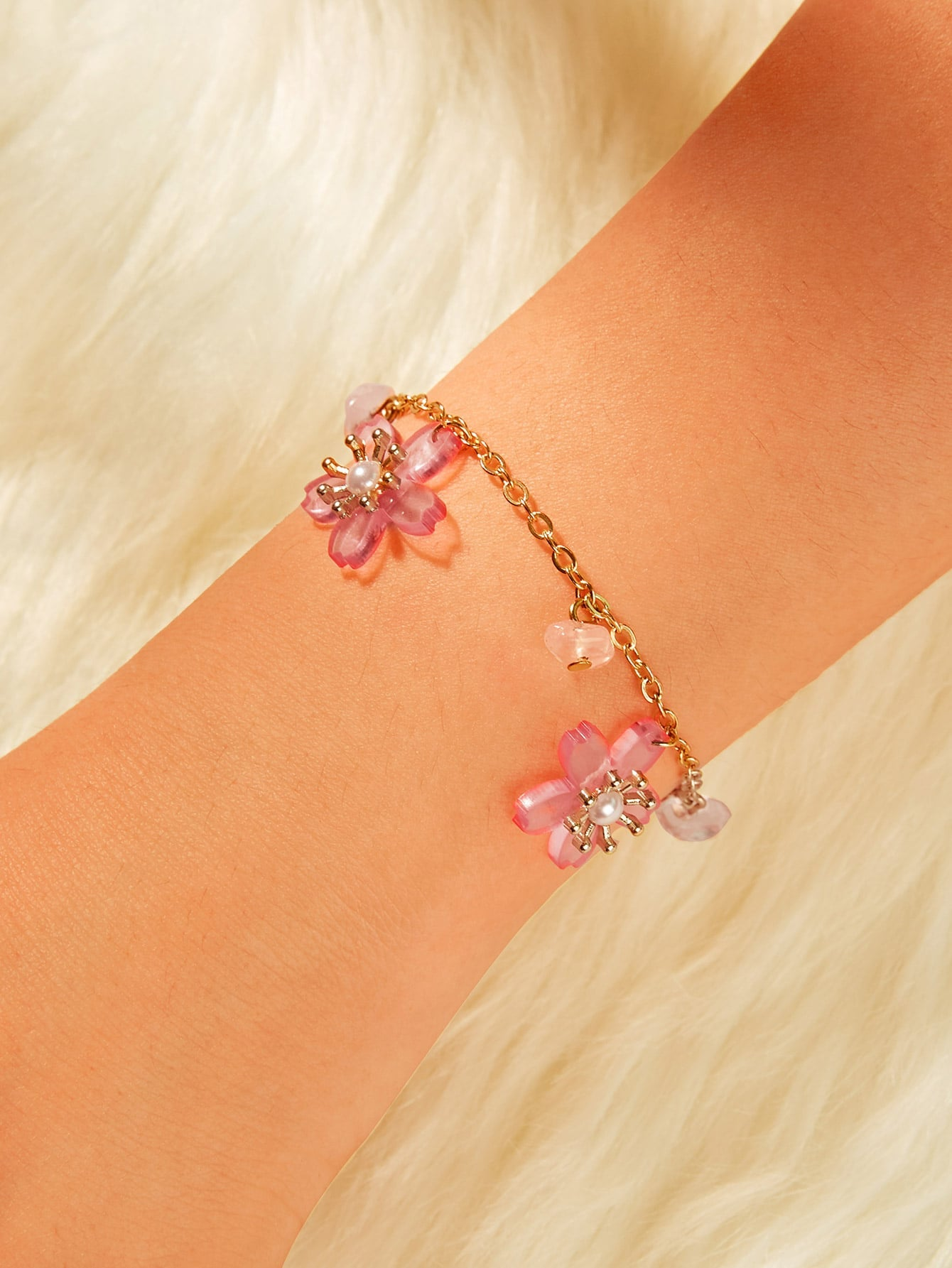 Pink Floral Charm With Pearls Golden Chain Bracelet 1pc