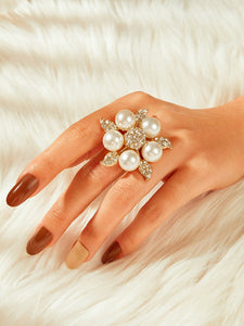 Golden Star Shaped Rhinestone & White Faux Pearl 1pc Ring