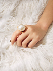 Golden Metal With White Faux Pearl Decorated Ring 1pc