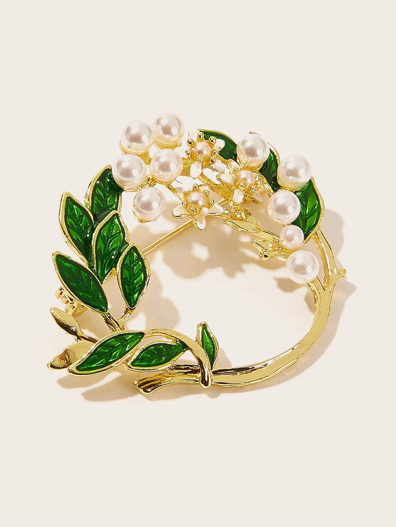 Green Leaf Detail With Faux Pearl Circle 1pc Brooch