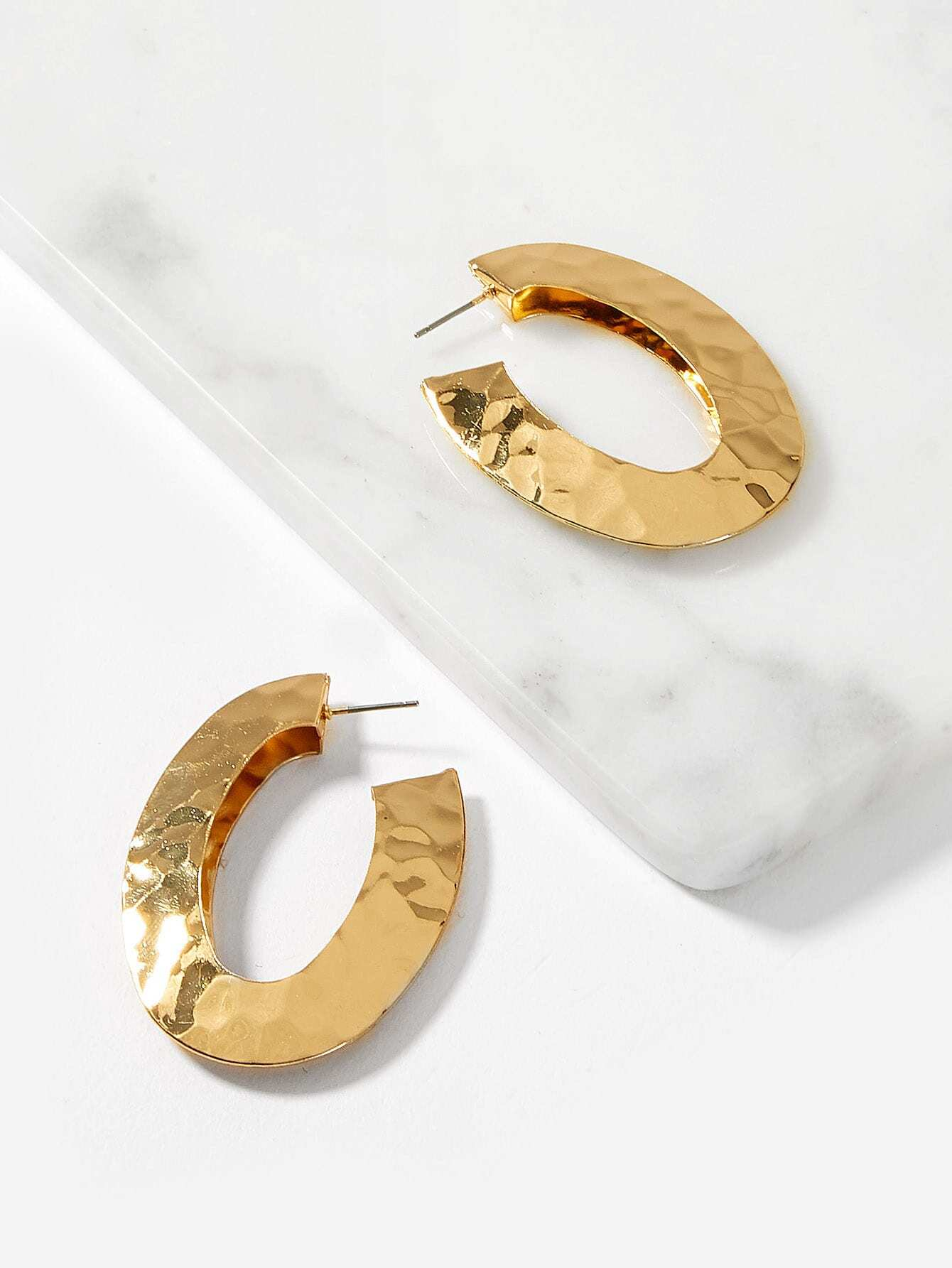 Golden Oval Open Textured 1 Pair Hoop Earrings