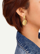 Load image into Gallery viewer, Golden Coin Design Drop Dangle 1 Pair Earrings