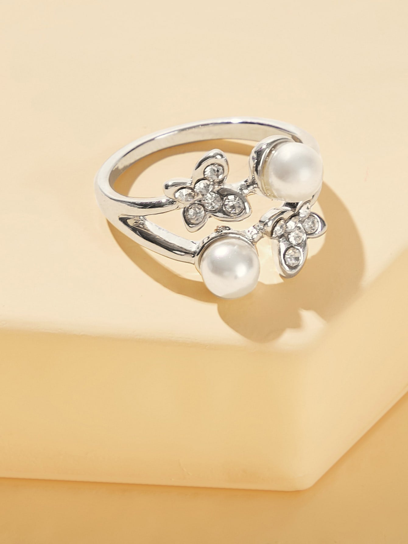 Silver Rhinestone With Faux Pearl Layered Ring 1pc