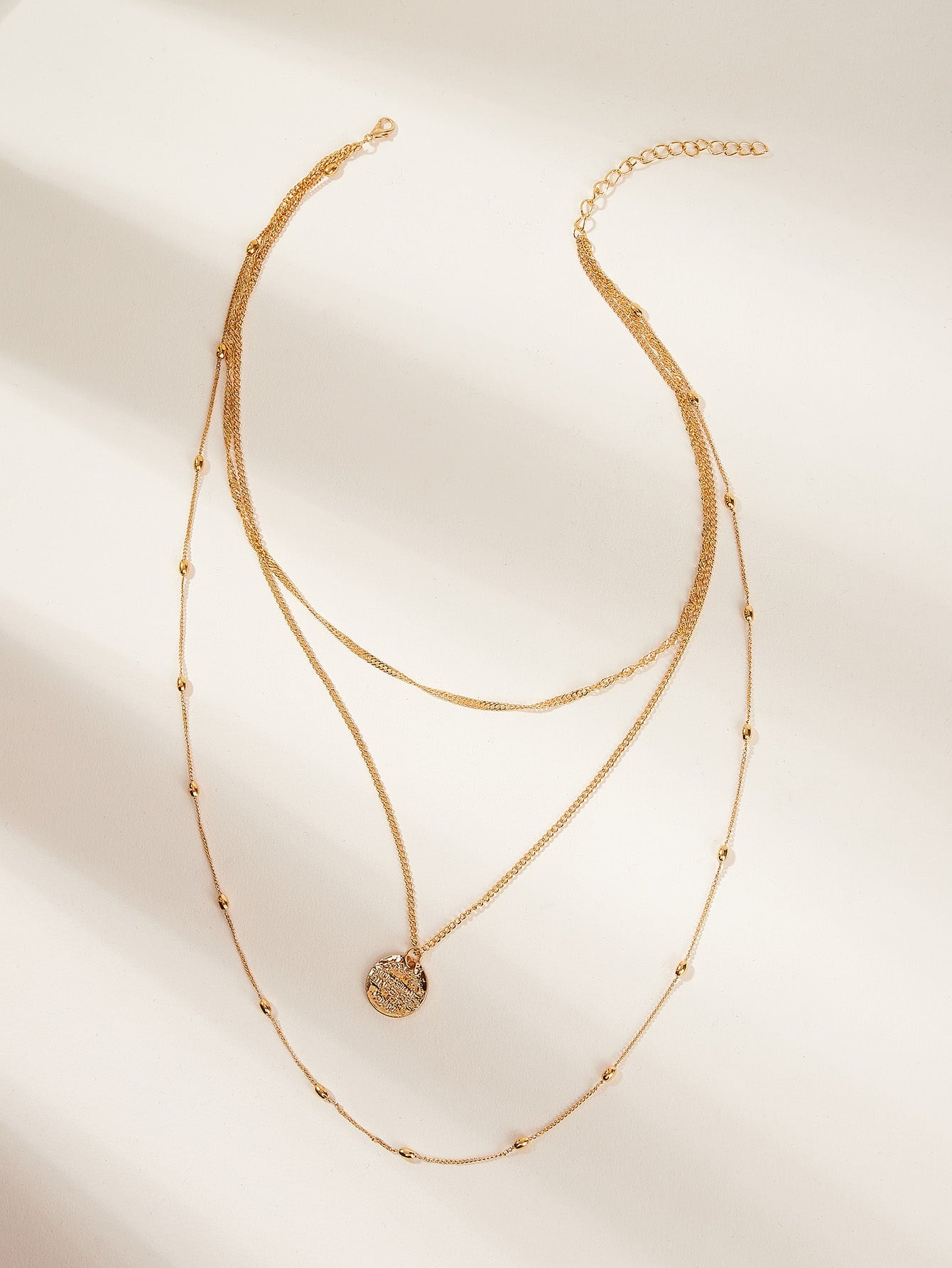 Multi Layered Golden Disc Pendant 1pc Chain Necklace