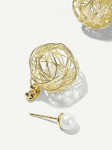 Golden Hollow Ball With Faux Pearl 1 Pair Stud Earrings