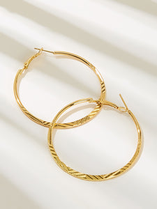 1 Pair Golden Oversized Simple Hoop Earrings