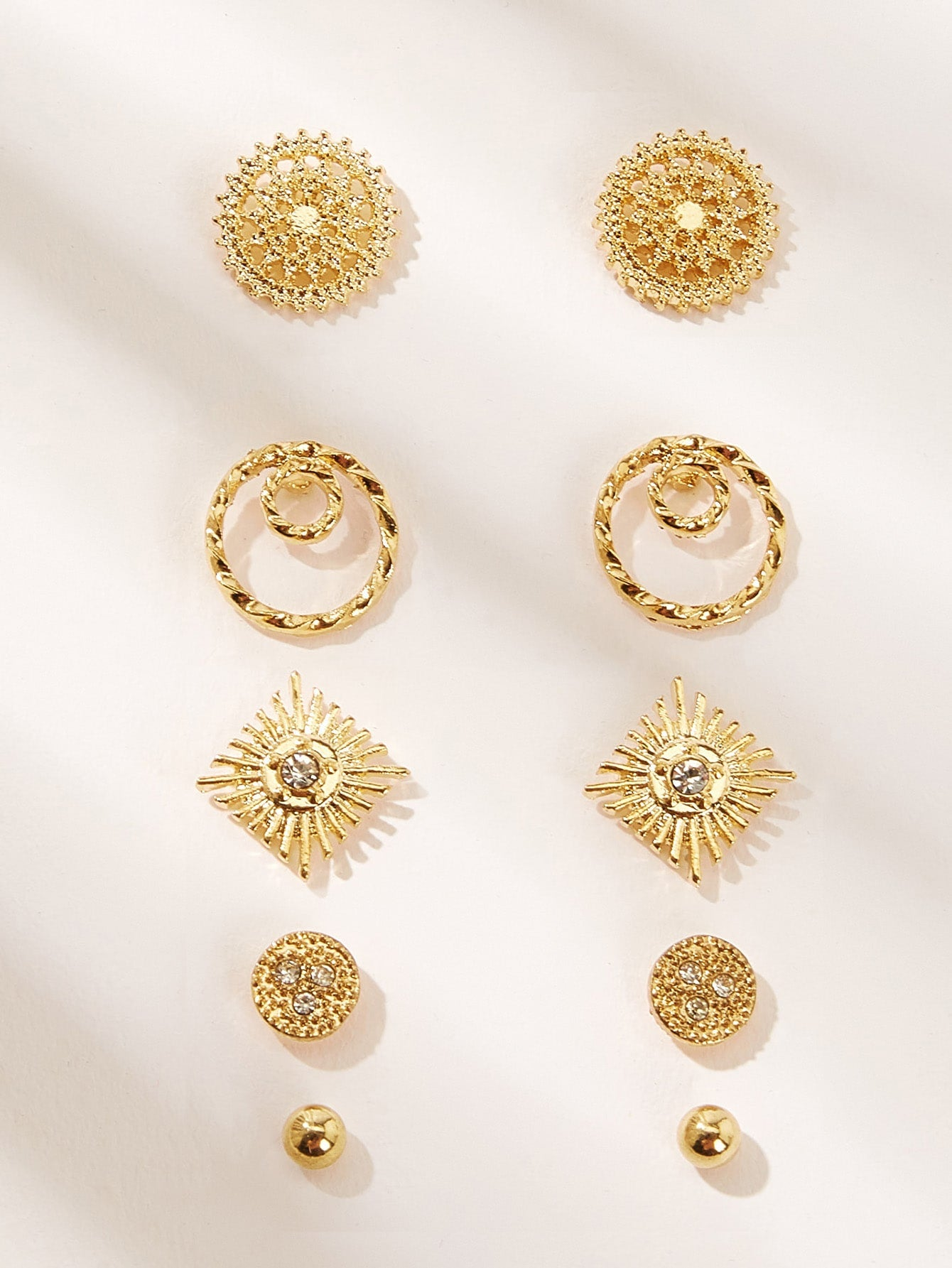 Golden 5pairs Hollow Out Gemstone Flower Shaped Stud Earring