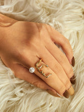 Load image into Gallery viewer, Golden Cuff Ring With White Faux Pearl 1pc