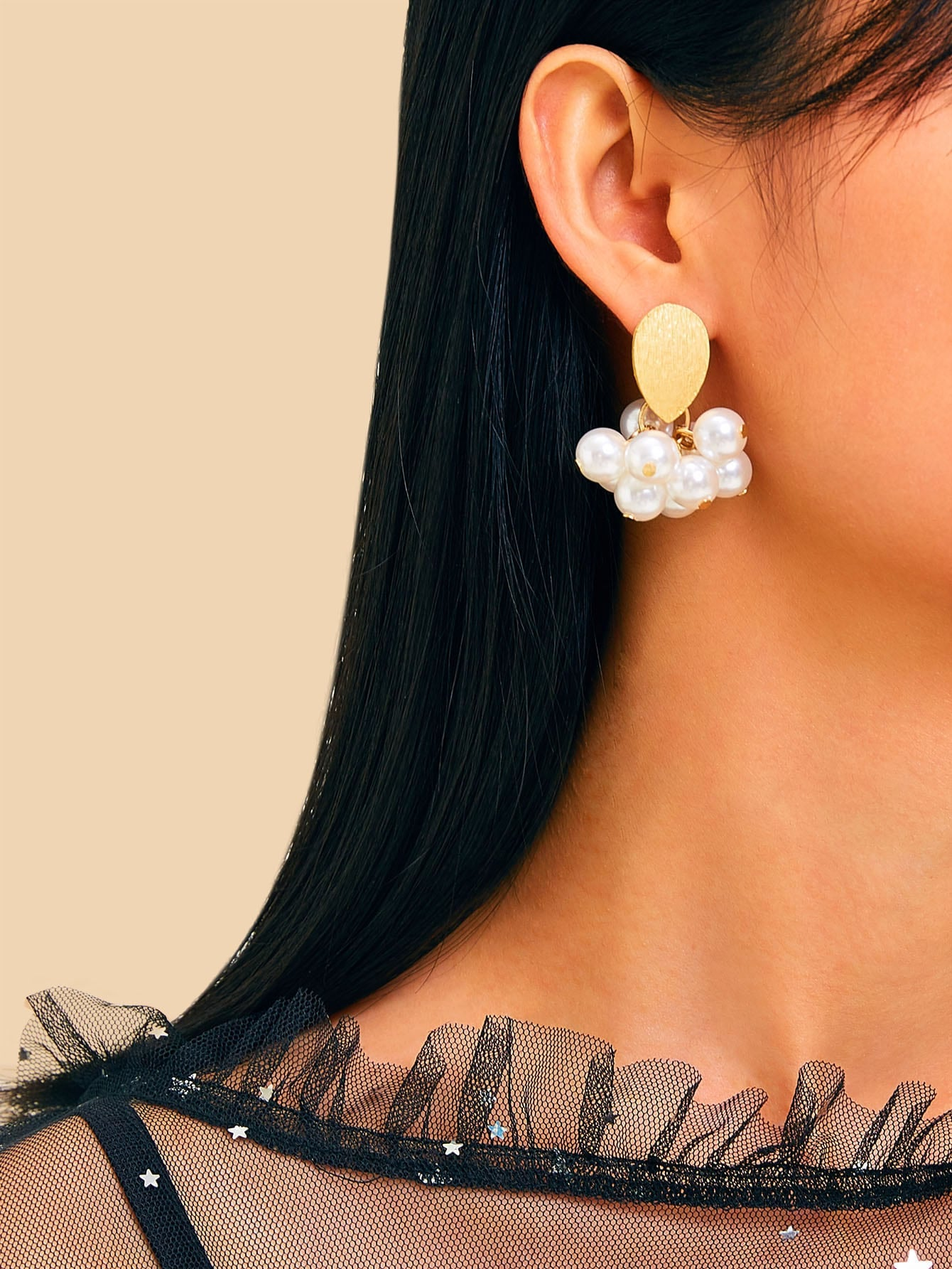 White Faux Pearl Drop 1 Pair Metal Earrings