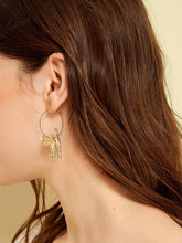 Load image into Gallery viewer, 1pair Golden Cat Shaped Alloy Hoop Earrings