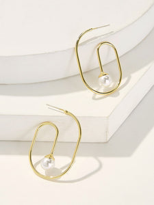 Golden Hoop With Faux Pearl Earrings 1pair