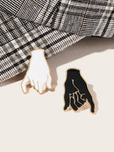 Load image into Gallery viewer, Multicolor 2pcs Hand Shaped Alloy Brooch