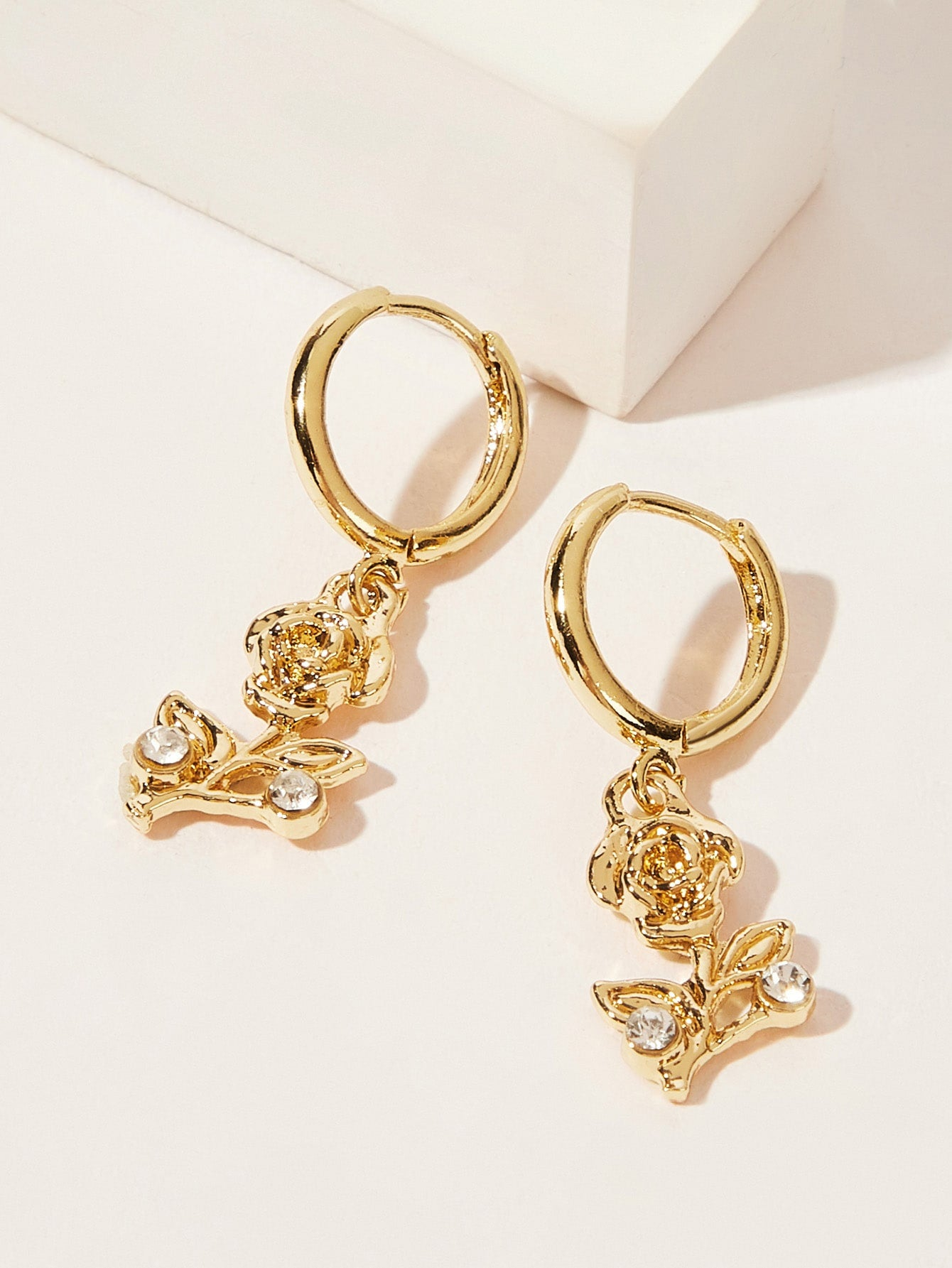 Golden 1pair Rhinestone Detail Flower Metal  Drop Hoop Dangle Earrings