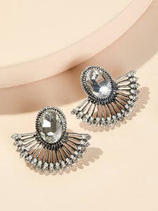 Grey Fan Shaped Rhinestone Engraved 1pair Stud Earring