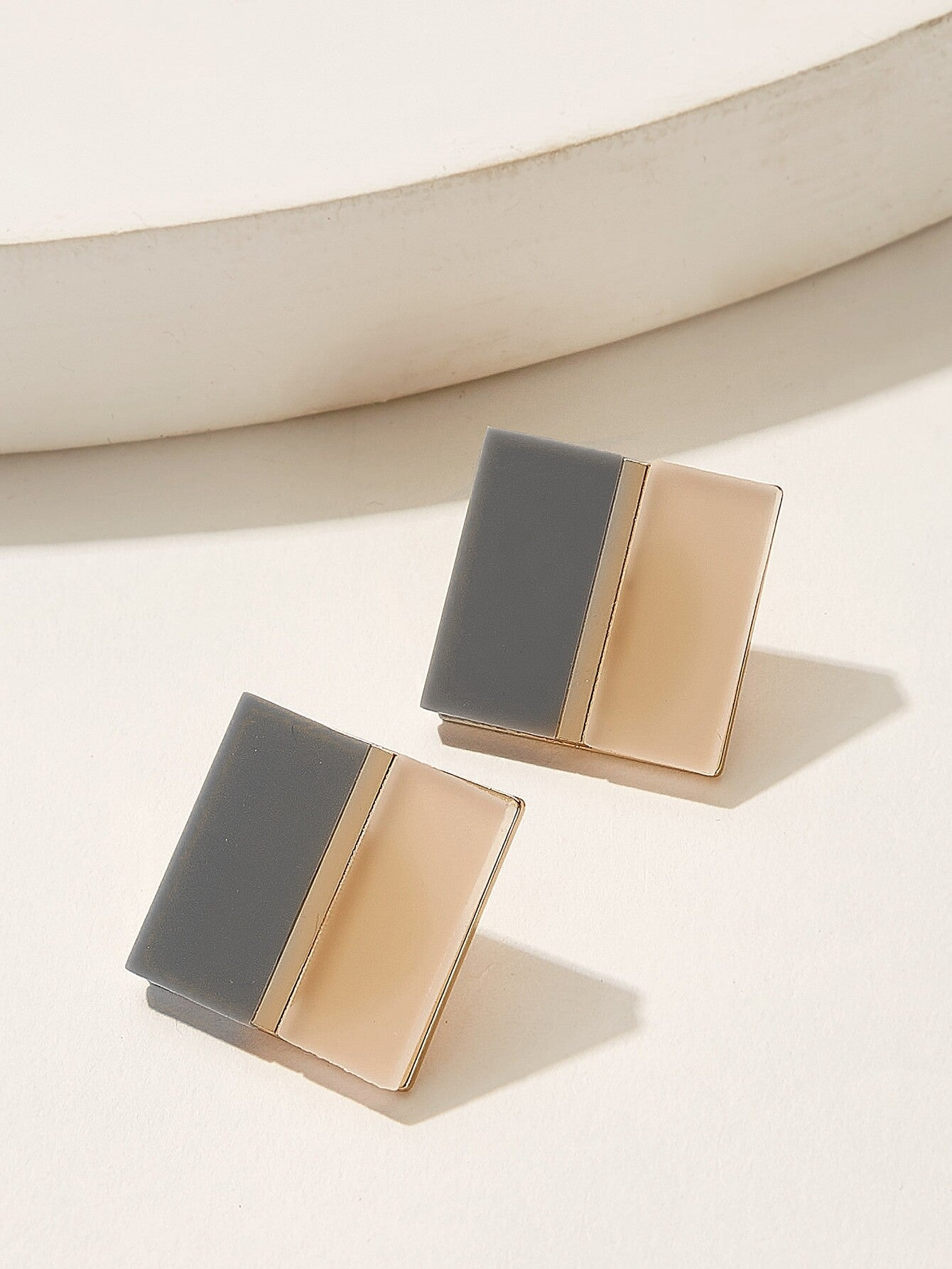 Square Shaped Two Tone 1 Pair Stud Earrings