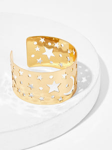 Golden 1pc Hollow Star Detail Metal Cuff Bracelet