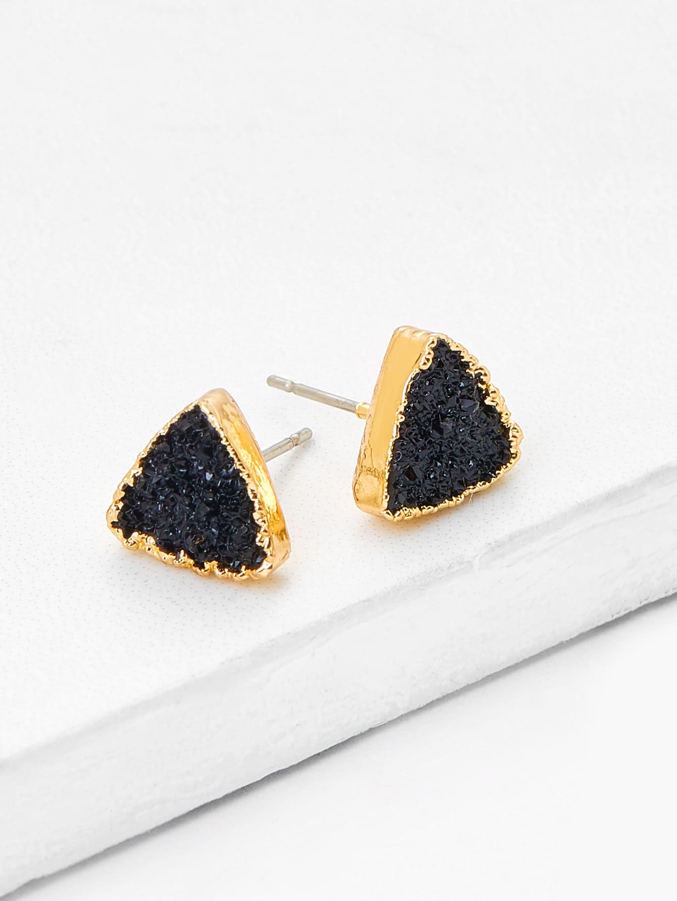 Black And Grey Triangle Design 1 Pair Stud Earrings