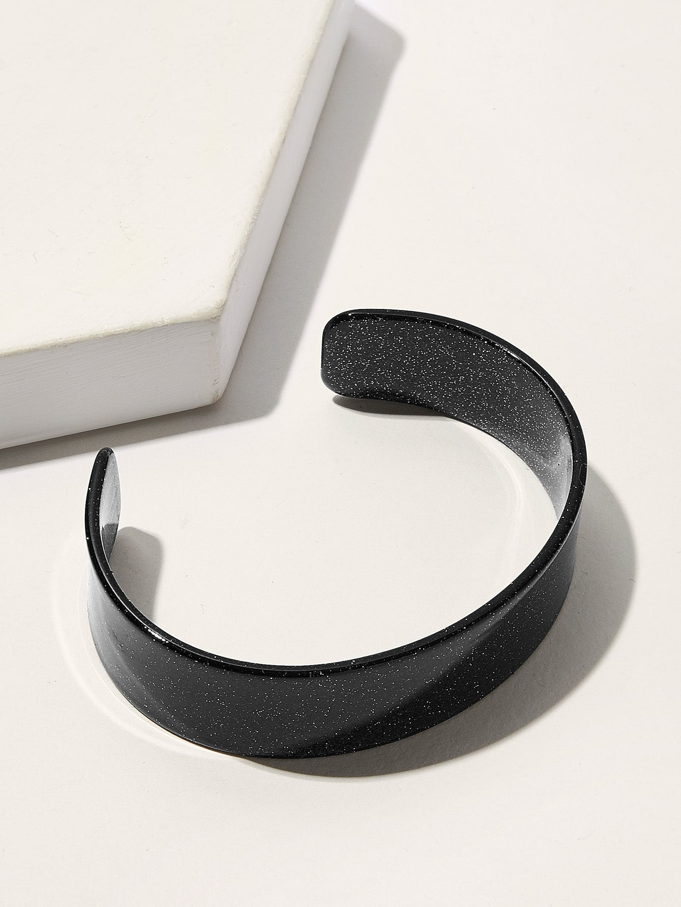 Black 1pc Plain Cuff Bracelet