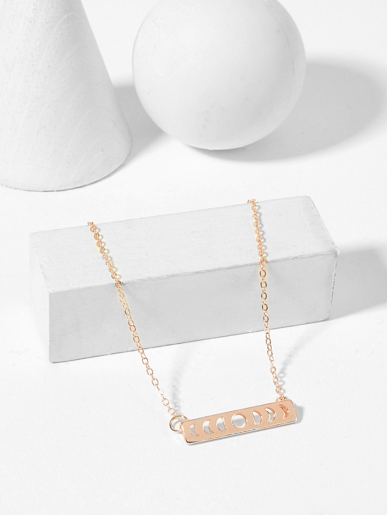 Golden Hollow Bar Pendant Chain Necklace