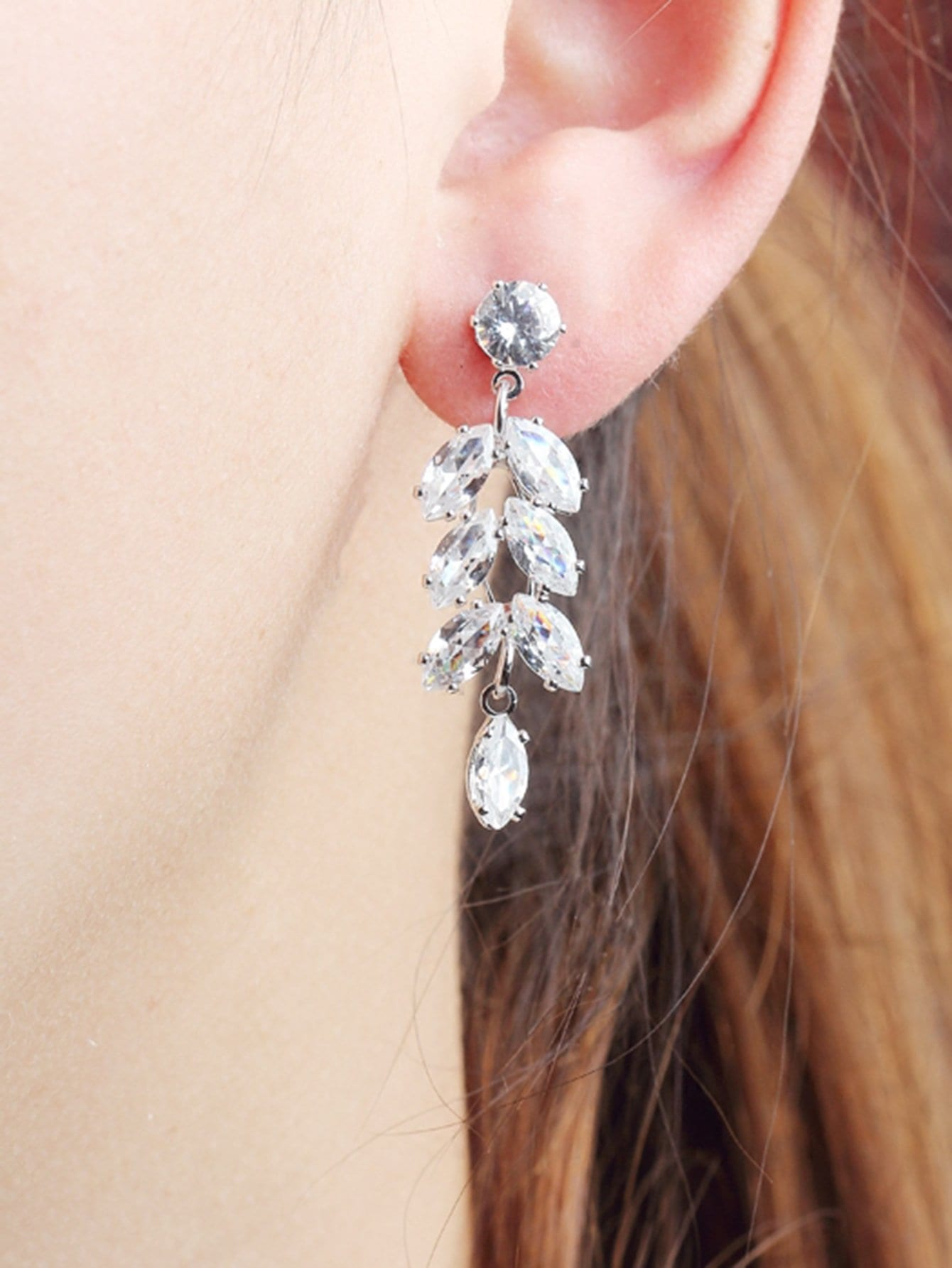 Grey 1pair Rhinestone Leaf Shaped Metal Drop Dangle Earrings